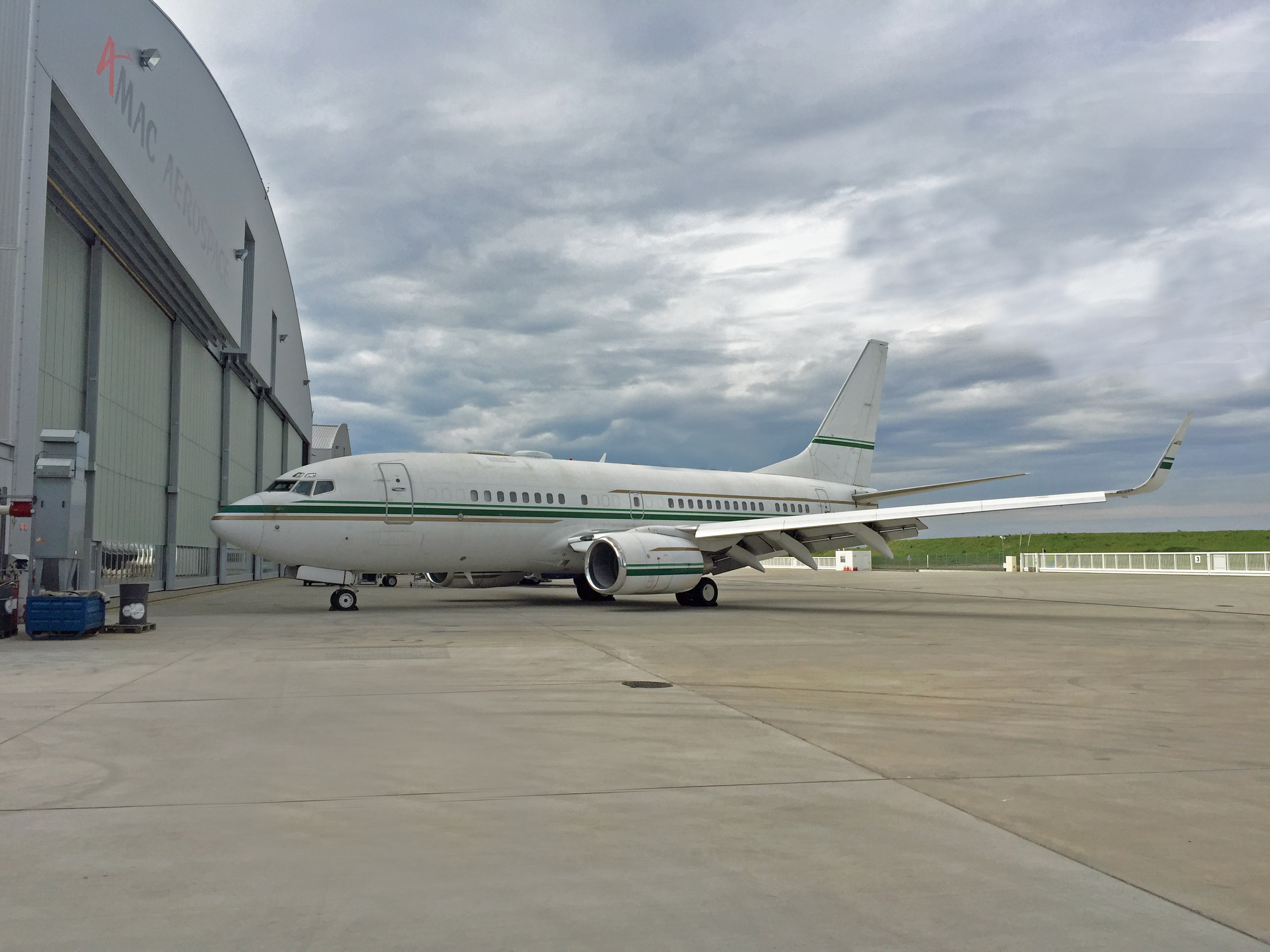 amac_2016-05-10_eap_bbj-c-check_euroairport-10-may-2016